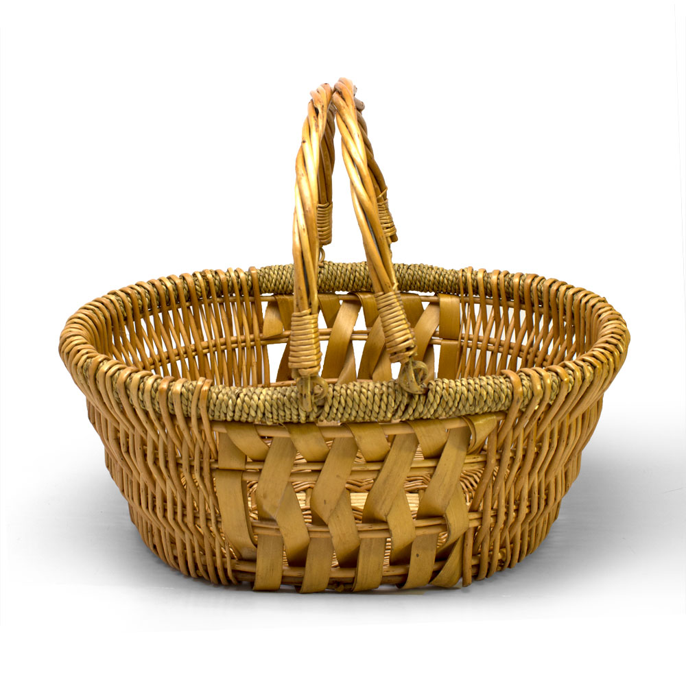 Oval bountiful seagrass basket russell stover for Bountiful storage